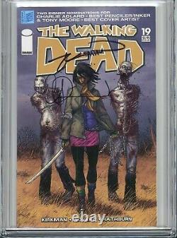 Walking Dead 19 CGC 9.4 SS X2 Robert Kirkman Charlie Adlard Zombies 1st Michonne